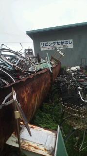 四国中央市で不用な鉄・金属製品を休みなく受け入れ